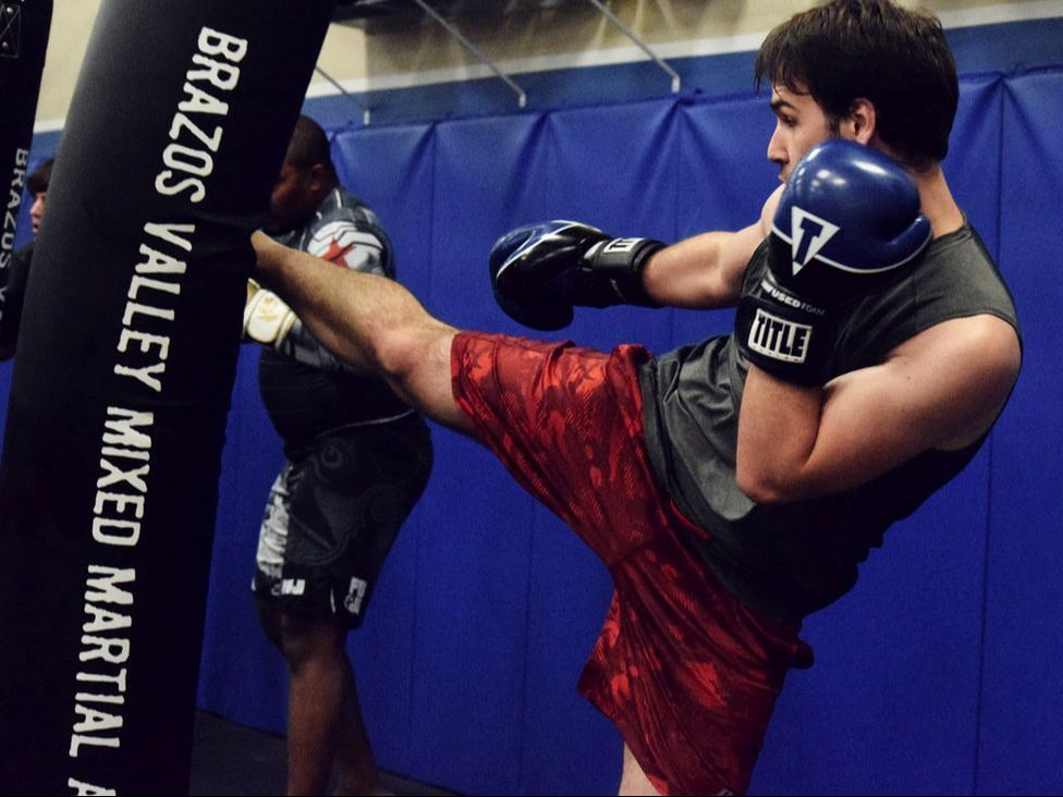 Adult - BRAZOS VALLEY MMA & FITNESS